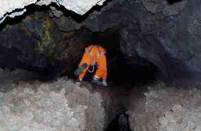 Tour Speleologico Grotte Etna