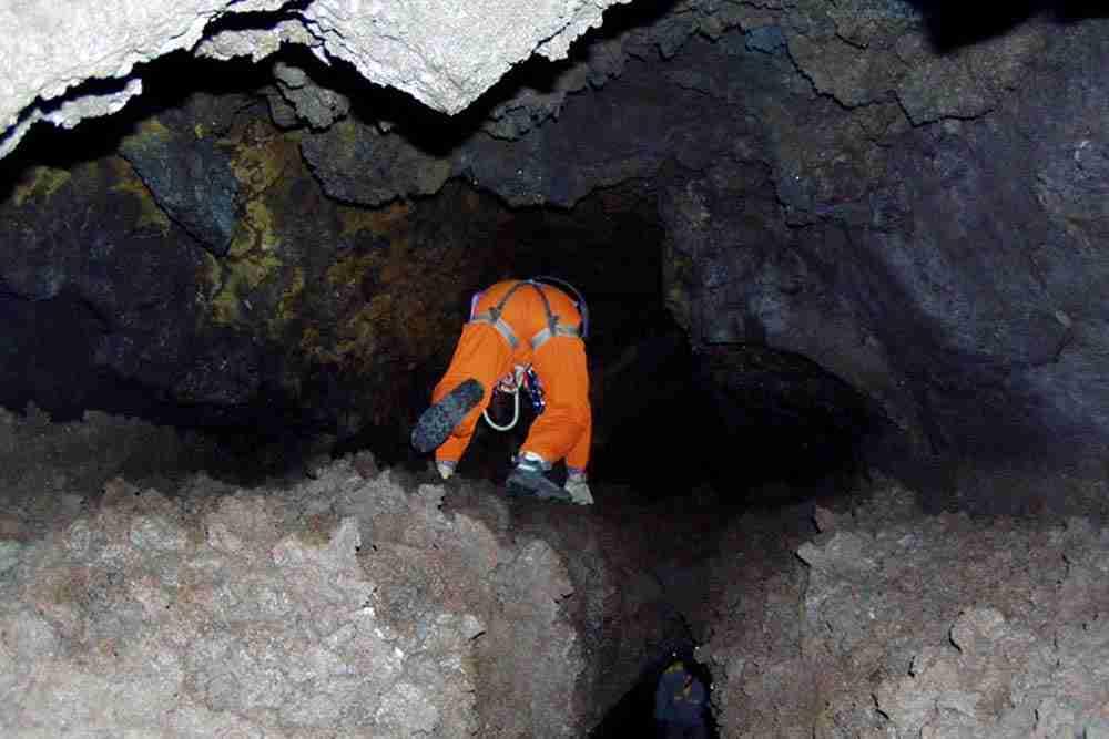 tour grotte etna book