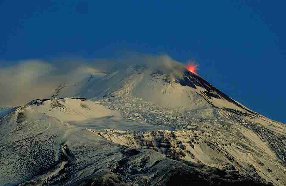 etna in eruzione dicembre 2019