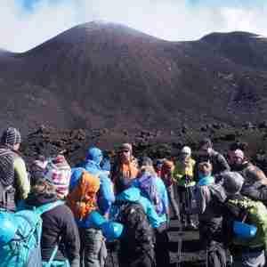 escursione etna crateri con funivia